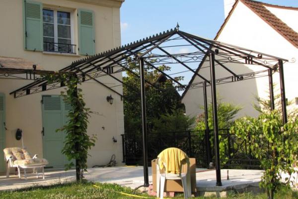 pergola mixte normandie ferronerie artisan ferronnier. Black Bedroom Furniture Sets. Home Design Ideas